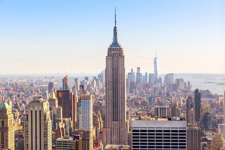 Manhattan downtown, Empire State Building closeup